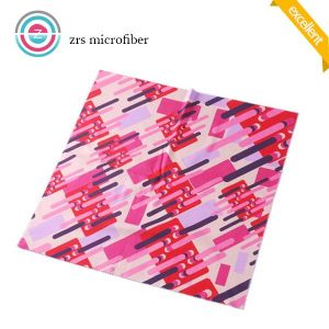 Fashion Printed Microfiber Eyeglass/Sunglass Cleaning Cloth pictures & photos