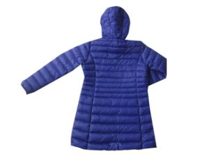 Customized Wholesale Lightweight Padding Womens Winter Jacket pictures & photos