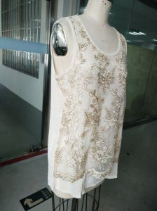 Summer Fashion Gold Thread Embroidery Flower Women′s Vest pictures & photos