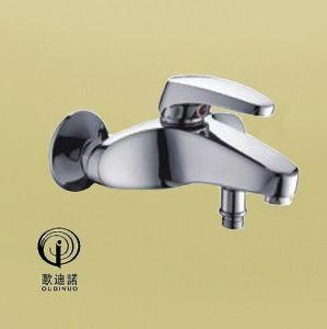 Oudinuo Single Handle Brass Bathtub Mixer & Faucet 69013-1 pictures & photos