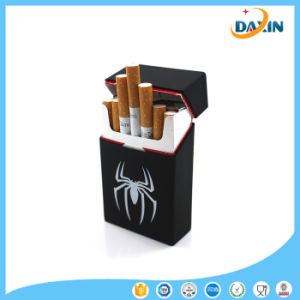 Personality Silicone Elastic Rubber Portable Man/Women Cigarette Box Sleeve pictures & photos