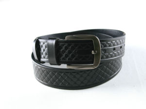 Fashion Pin Buckle Embossed Men Leather Belt pictures & photos