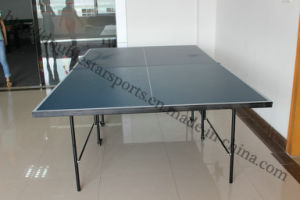 Table Tennis Set with Retractable Net pictures & photos