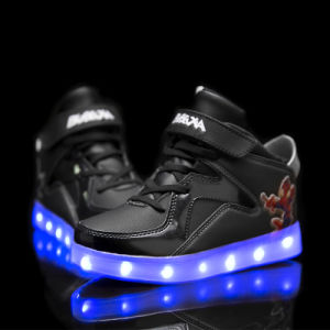 2017 Fashion High Quality LED Light up Kids Shoes, Popular LED Shoes Kids pictures & photos