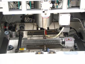 Candy/Chocolate/Chip Big Volume Back Seal Bag Vertical Packing Machine pictures & photos