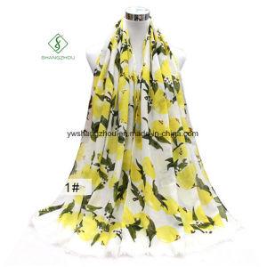 2017 Lemon Pattern Printed Lady Fashion Scarf Satin Shawl Factory pictures & photos