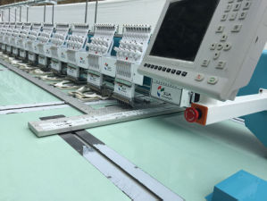 915 Embroidery Machine for Garment, Curtain, Car Cushion pictures & photos