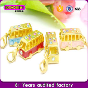 Wholesale Mini Train Gold Bracelet Charm #17596 pictures & photos