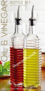 Glass Oil Bottle Vinegar Bottle Olive Bottle with Metal Pourer Glass Jar Glass Storage Jar pictures & photos
