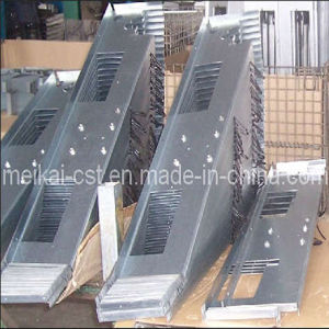 Machine Part Metal Stamping with Power Sprayed pictures & photos