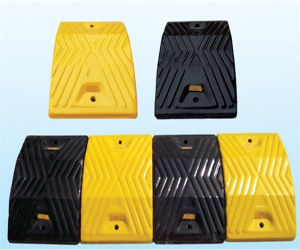 Durable Rubber Speed Hump for Hgv′s pictures & photos