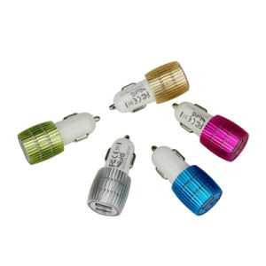 3.1A Aluminum Material Dual USB Bullet Car Charger for Smartphone pictures & photos