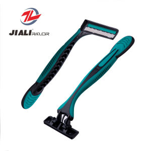Triple Blade Disposable Razor with Classical Rubber Handle and Swivel Head pictures & photos