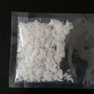 High Quality White Flakes Potassium Hydroxide (KOH-90%/95%) pictures & photos