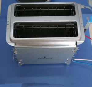 2 Slices New Design Bread Toaster Heating Element with Stainless Steel Panel pictures & photos