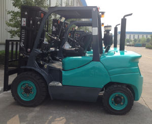 Feeler Mini 5 Ton Diesel Forklift with Japanese Engine Hydraulic Transmission, Powershift pictures & photos