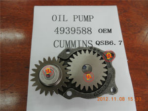 Cummins Qsb6.7 OEM Oil Pump (4939588) pictures & photos