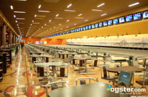 Brunswick Bowling Equipment (GS98) pictures & photos