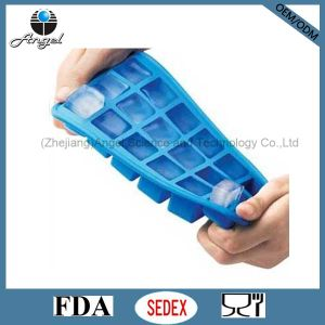 18-Cavity Square Silicone Ice Mold Maker Cube Tray Si12
