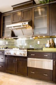 Dark Walnut Kitchen Cabinets (dw37) pictures & photos