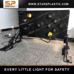 Solar Power Flashing LED Arrow Boards Sign for Road Safety pictures & photos