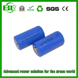 3.7V 5000mAh 32600 Rechargeable Li-ion LiFePO4 Battery pictures & photos