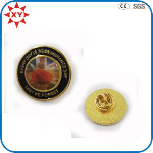 Rould Shape Custom Pin Badge Epoxy Sticker Logo pictures & photos