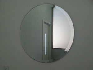 3mm 4mm 5mm 6mm Decorative Circular Bevel Edge Cosmetic Mirror pictures & photos
