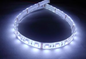12V Underwater Strip Flexible Car Light 5050 SMD Cool White 300 LEDs IP68 500cm
