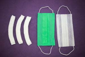 Disposable Non-Woven Surgical Face Mask Tie on pictures & photos