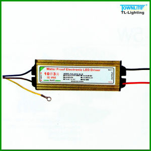 Tlq-2218-30W LED Driver for Floodlight Fixture