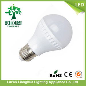 Energy Saving LED Bulb 7W Ra80 with PC Plastic Housing pictures & photos