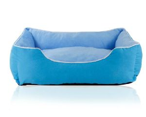 Pet Dog Puppy Soft Warm Sofa Bed (bd5022) pictures & photos