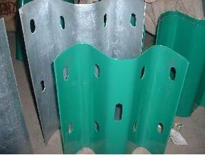Corrugated Beam Steel Protection Fence pictures & photos