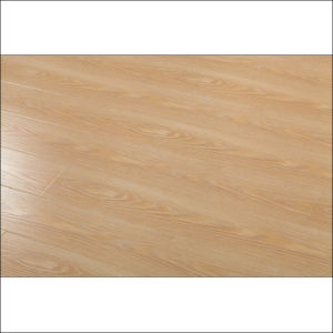 New Design High Gloss Laminate Flooring pictures & photos