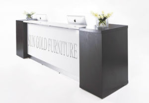 White Painting Reception Desk, Front Desk for Company Use (SZ-RT012) pictures & photos
