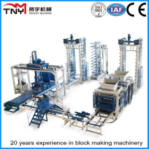 Made in China Concrete Block Brick Making Machine Production Line pictures & photos