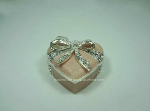 Wholesale Fashion Silver Jewelry Box, Sweet Heart Metal Jewelry Box pictures & photos