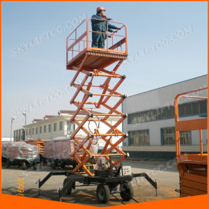 China Self-Propelled Manual Electric Scissor Lift with Competitive Price pictures & photos