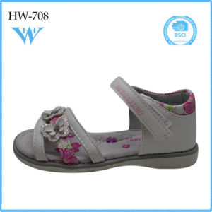 Hot Selling Girl Kids Stylish Casual Sandal China pictures & photos