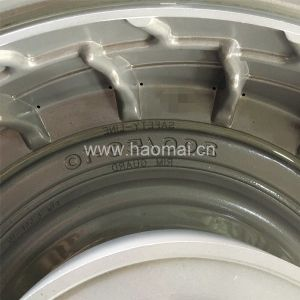 Latest Soild Tire Mold Design Soild Tyre Mould pictures & photos