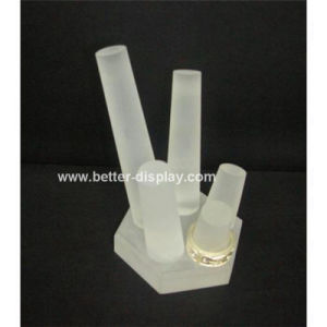 Clear Acrylic Plastic Ring Display Tray pictures & photos