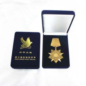Wholesale Rectangle Shape Velvet Box /Gift Box for/Jewelry /Coin/Cufflink pictures & photos