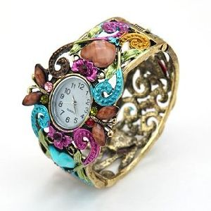 Wholesale Fashion Costume Jewelry Zinc Alloy Multi Color Watch Bracelet pictures & photos