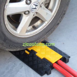 Black & Yellow Color Rubber 2-Channel Cable Protector (DH-CP-5)