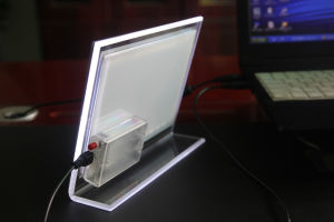 LED Backlit Tabletop Acrylic Photo Frame Light Box (CST03B) pictures & photos