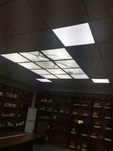 ETL TUV FCC LED Panel Light LED Panel Ceiling LED Panel Lamp with Ugr<15 pictures & photos
