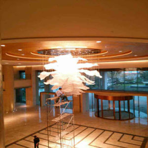Hotel Decorative Modern Big Flowers Spectacular Crystal Hotel Project Pendant Lamp pictures & photos