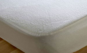 High Quality Mattress Shield with Towel Layer Bed Sheet pictures & photos