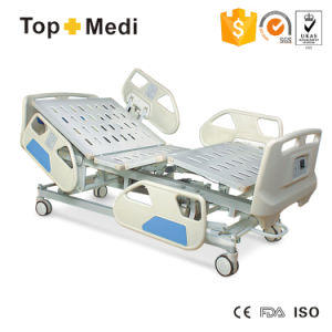 Medical Pedal Control System Electric Hospital Bed for Sale THB3242WGZF8 pictures & photos